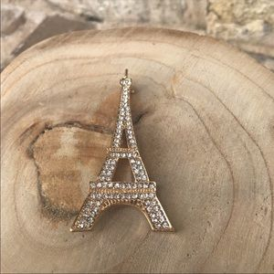 Jewelry - ❤️Eiffel Tower Rhinestone Pin NWOT